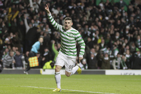 Bhoy On Film: Gary Hooper Steals The Lime Light