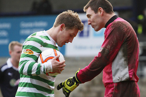 Commons Expects Tough Glory Test