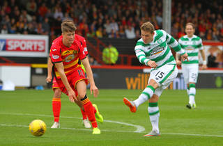 Video: Kris Commons Back and Fully Involved in Celtic Training After Hibs Loan