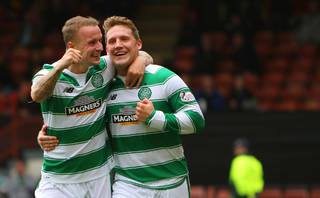 Leigh Griffiths celebrates with Kris Commons - Celtic News Now