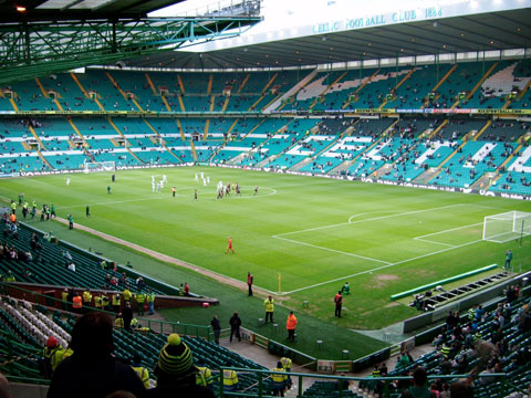 Celts beat pars,but travelling support looking for trouble.